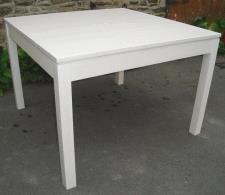 Table moderne 4 couverts